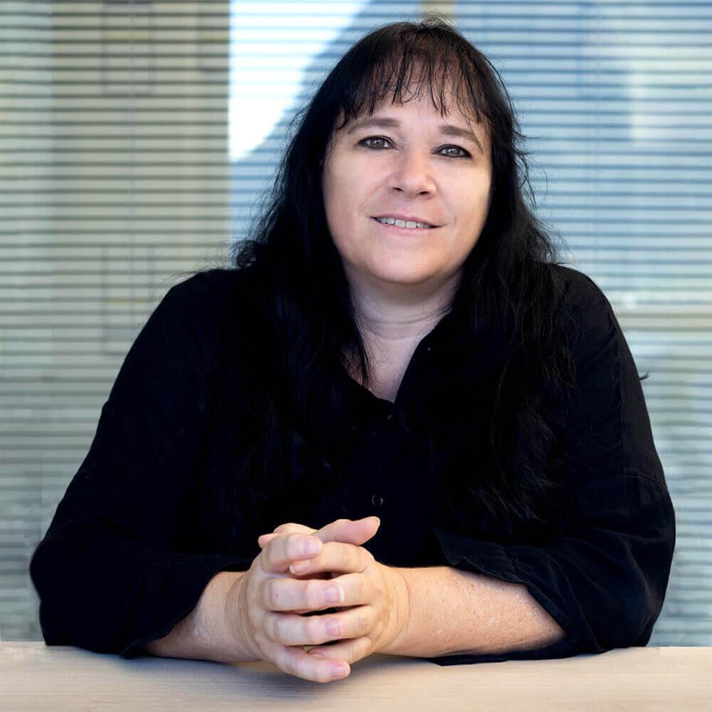 Claudia Zinser Portrait